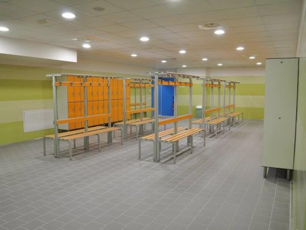 Prodotti riganelli scaffalature for Arredamento spogliatoi